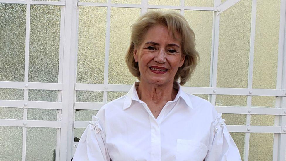 """Gloria Silvia Monreal es la propietaria de la casa. """"La gente llega con una vibra muy hermosa""""."""