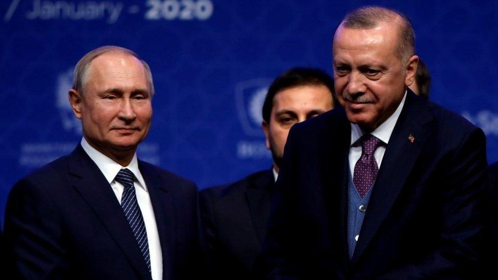 El presidente de Rusia, Vladimir Putin, y el mandatario de Turquía, Recep Tayyip Erdogan