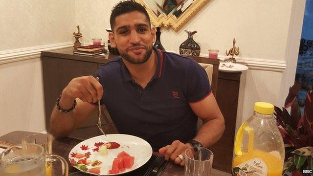 Amir Khan breaks his Ramadan fast