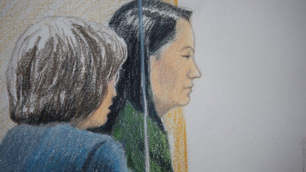 تخطيط لجلسة المحكمة يظهر منغ وانزو خلال جلسة الاستماع الجمعة