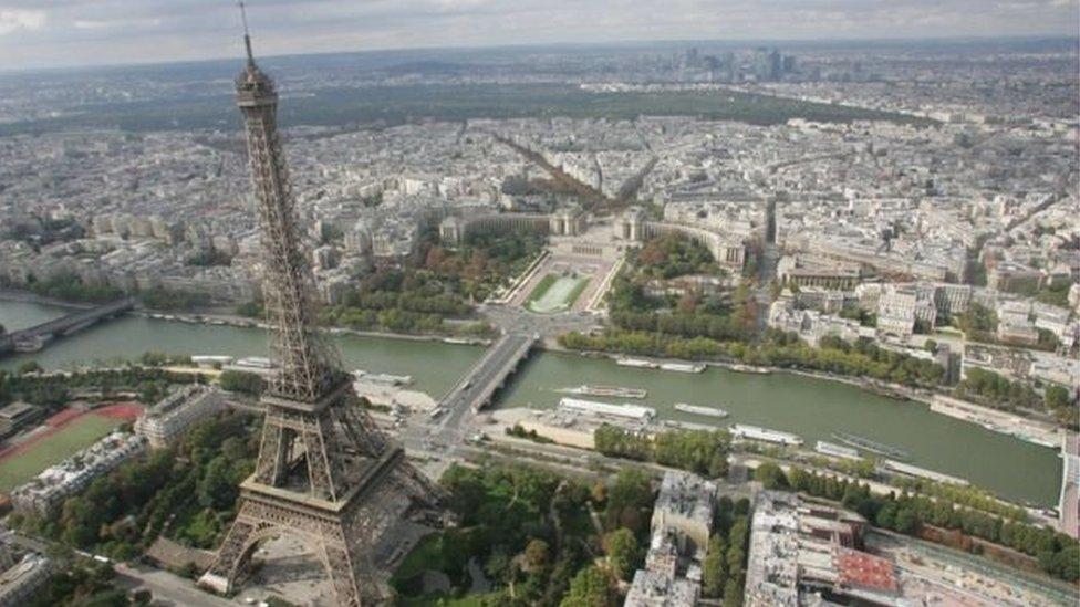 पैरिस