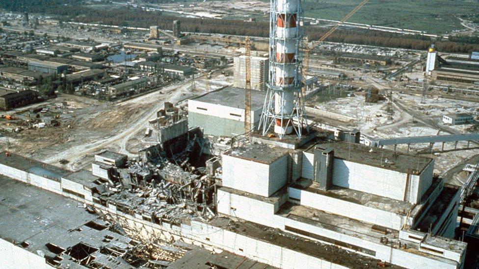 Planta de Chernóbil unas semanas después del desastre nuclear.