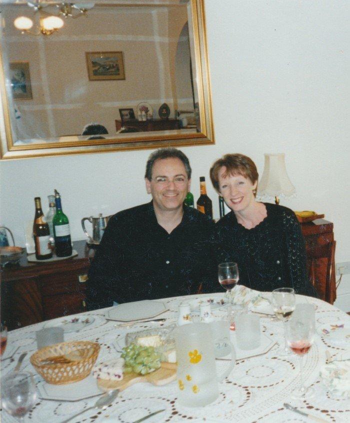تشارلز وزوجته