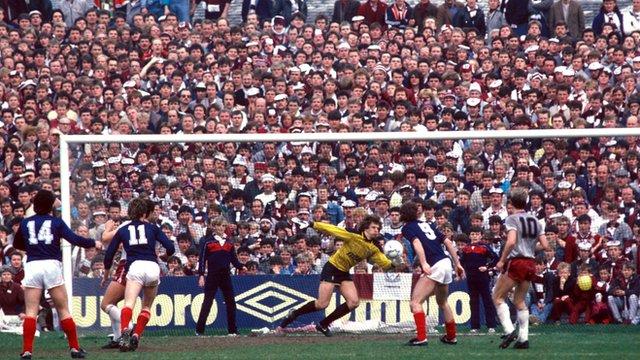 Rewind - Hearts v Dundee, 1986