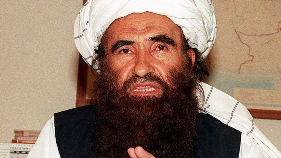 جلال الدين حقاني سلم ابنه قيادة الجماعة في 2001