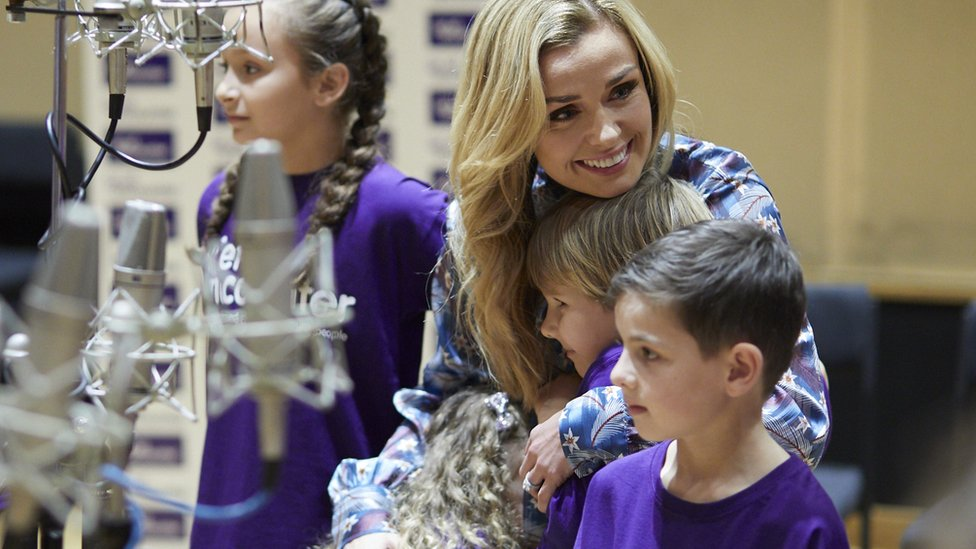 Katherine Jenkins thankful for counselling after dad's death