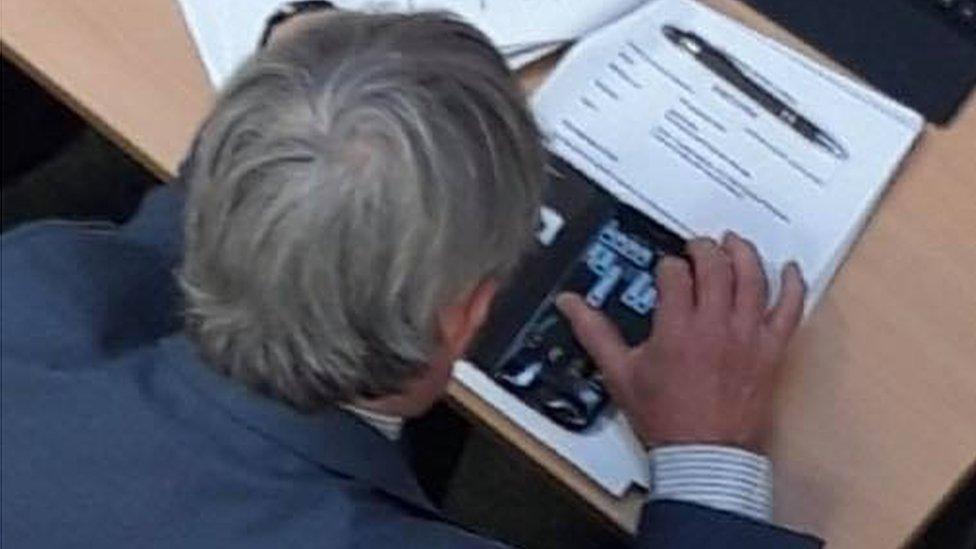 Councillor 'played game on mobile' in Teignbridge housing debate