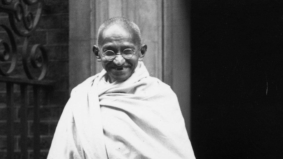 В Індії викрали прах Ґанді. На стіні залишили напис