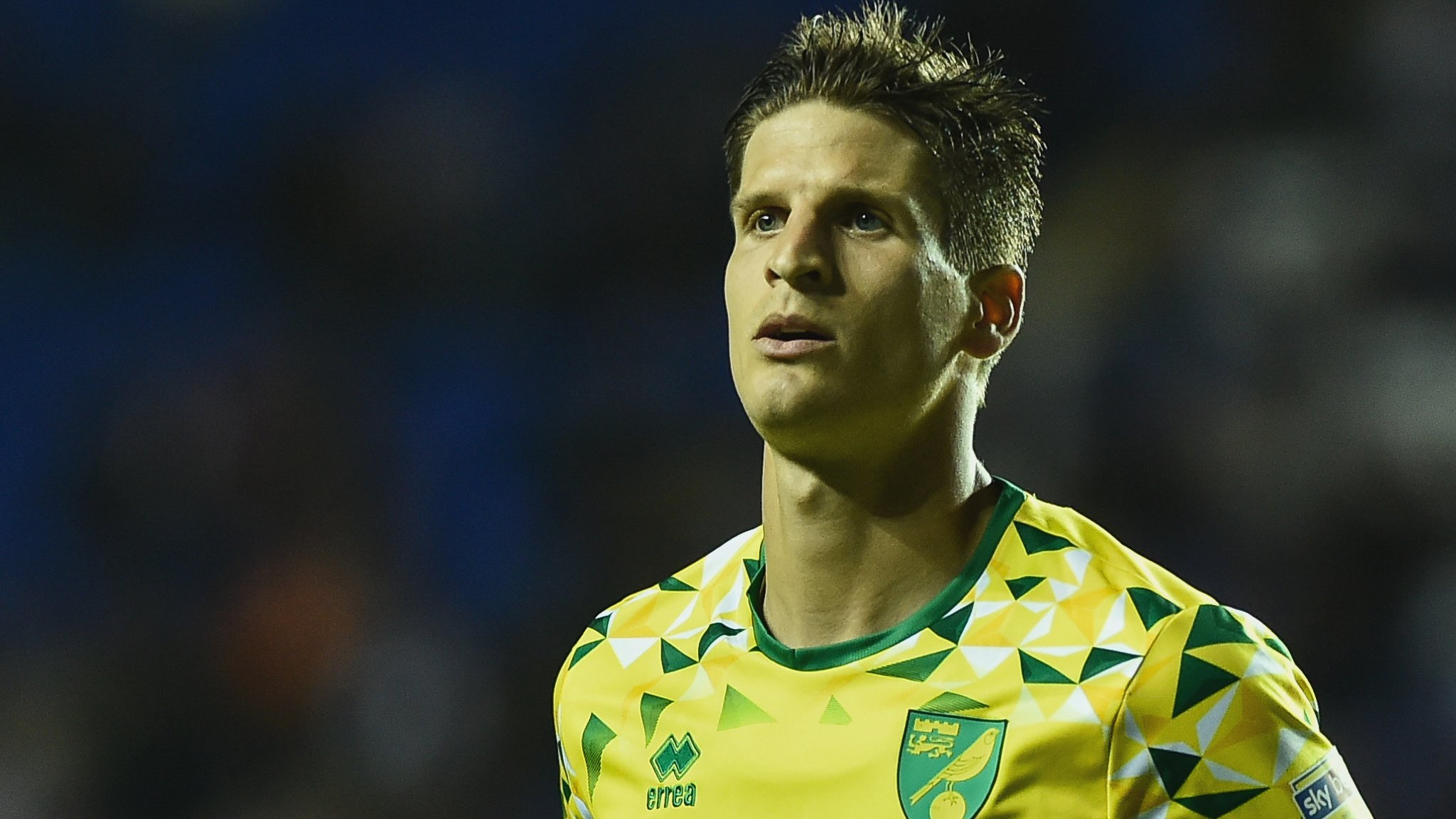Nott'm Forest 1-2 Norwich City: Canaries into top six after win at Forest