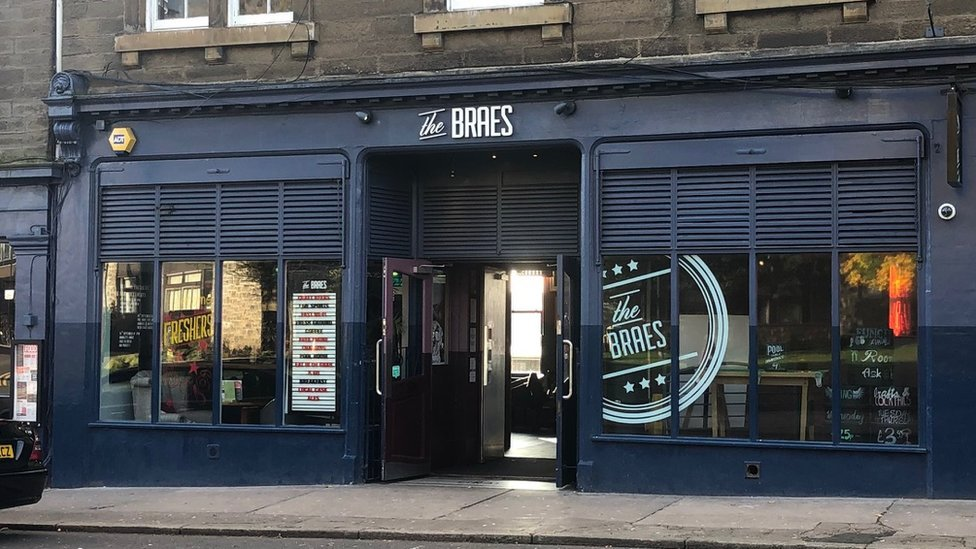 Braes Bar