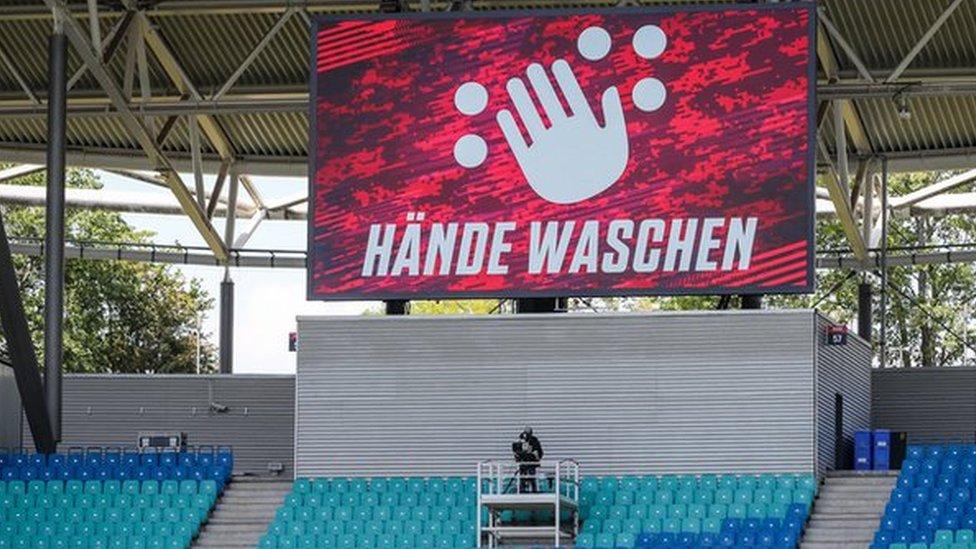 Una pantalla en el estadio del RB Leipzig