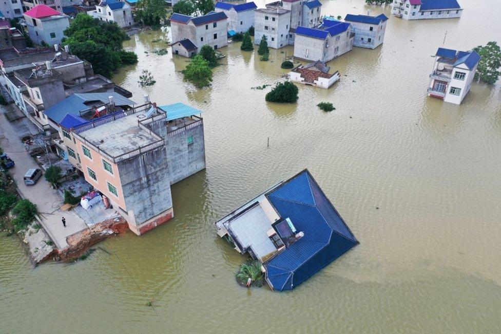 中國水利部周三(7月15日)表示,長江中下游以及洞庭湖、鄱陽湖水位開始緩退。
