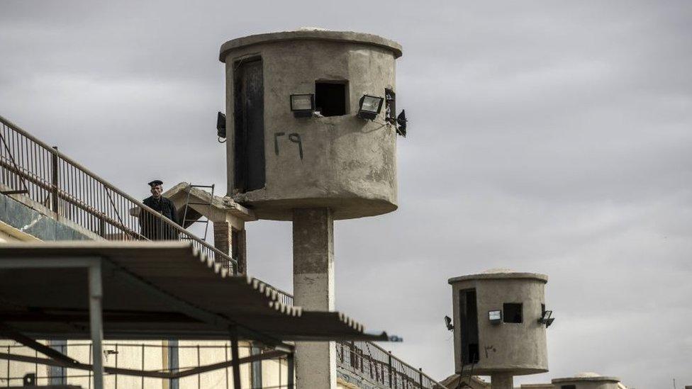 حراسة في أحد السجون المصرية (أرشيفية)