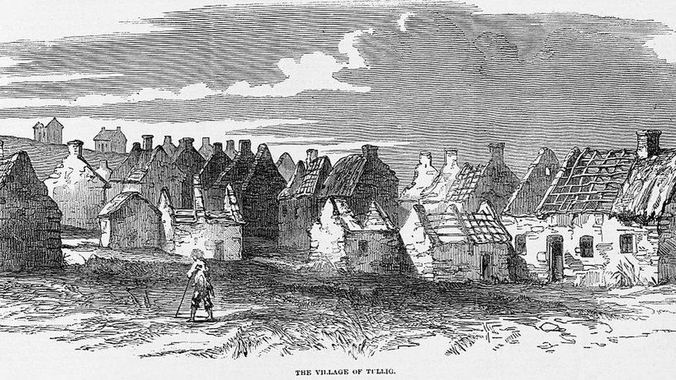 Casas en ruinas en el pueblo de Tullig, Irlanda, en 1849, durante la Gran Hambruna.