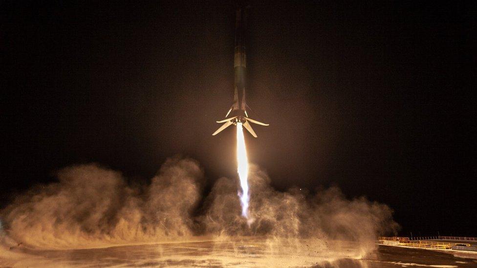 Aterrizaje del Falcon 9
