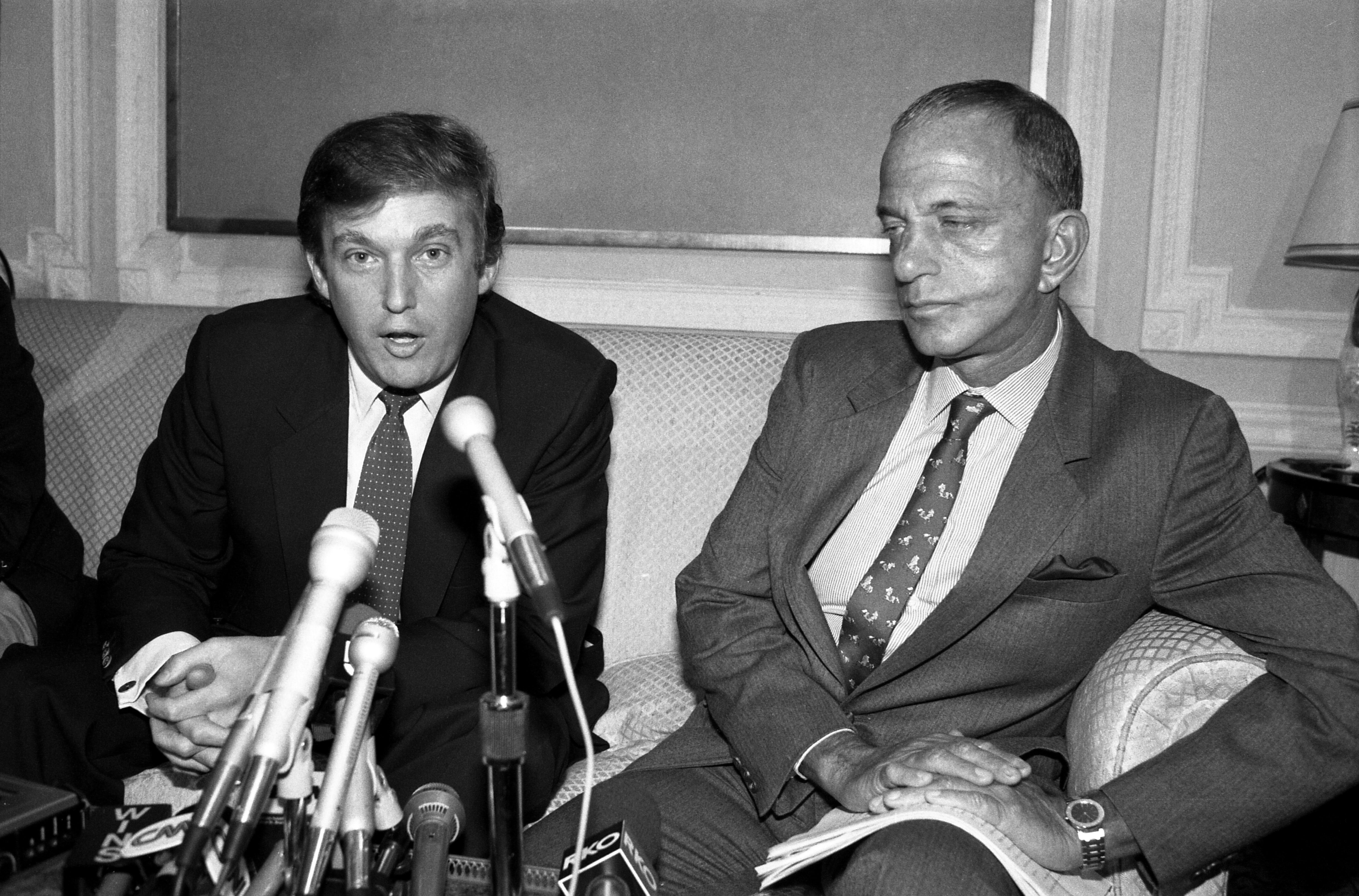 特朗普和羅伊·科恩(1984年)。