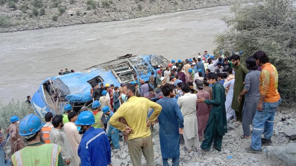 巴基斯坦開伯爾—普赫圖赫瓦省中國水壩工程人員班車遇襲現場(14/7/2021)