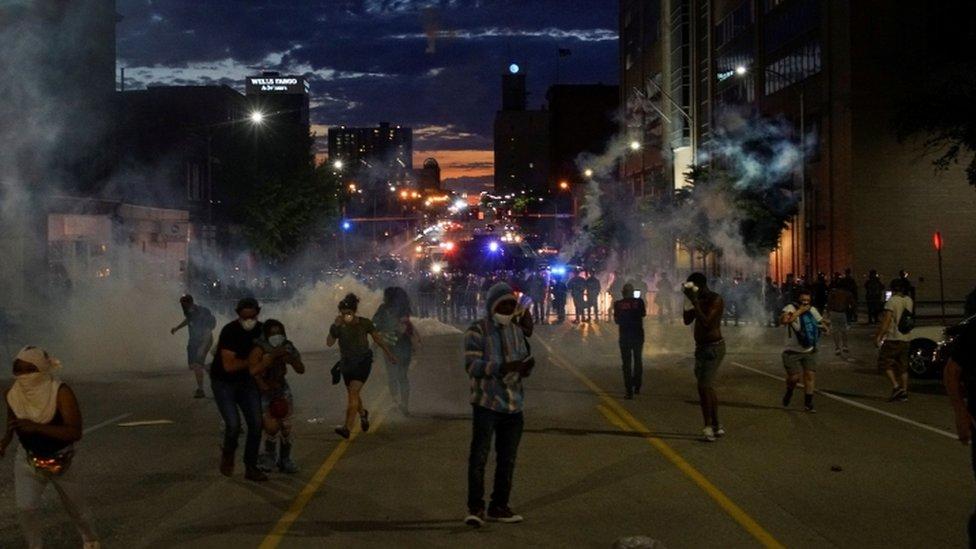 Incidentes en una protesta en San Luis, Misuri.