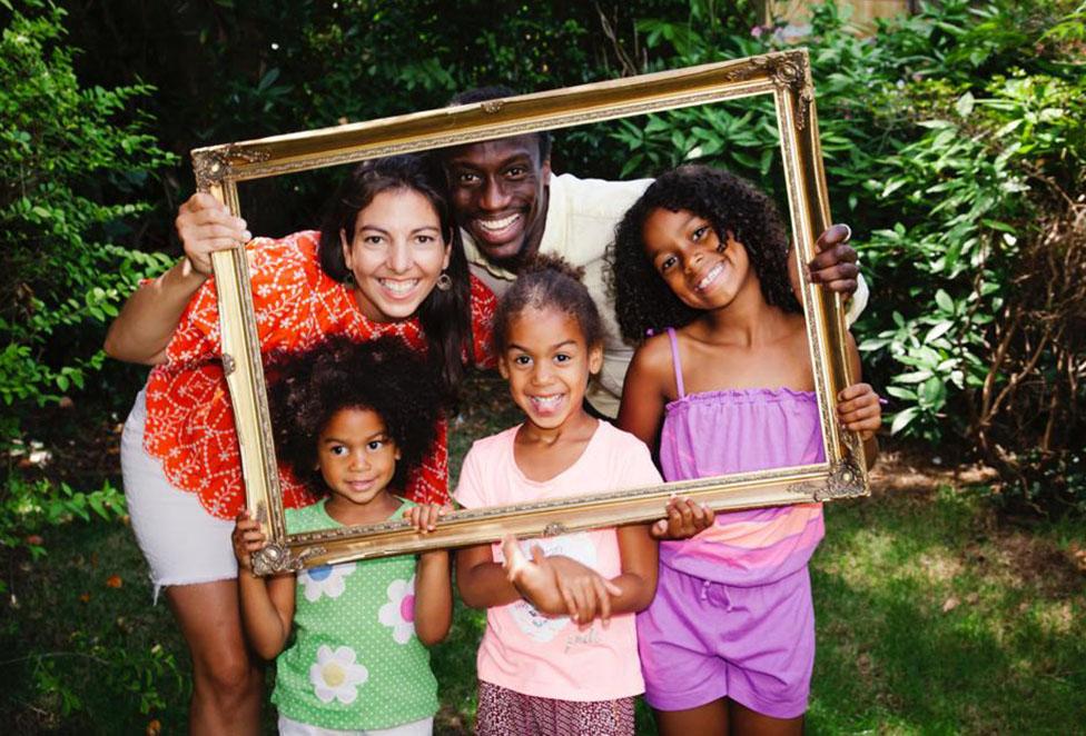 Fariba y su familia