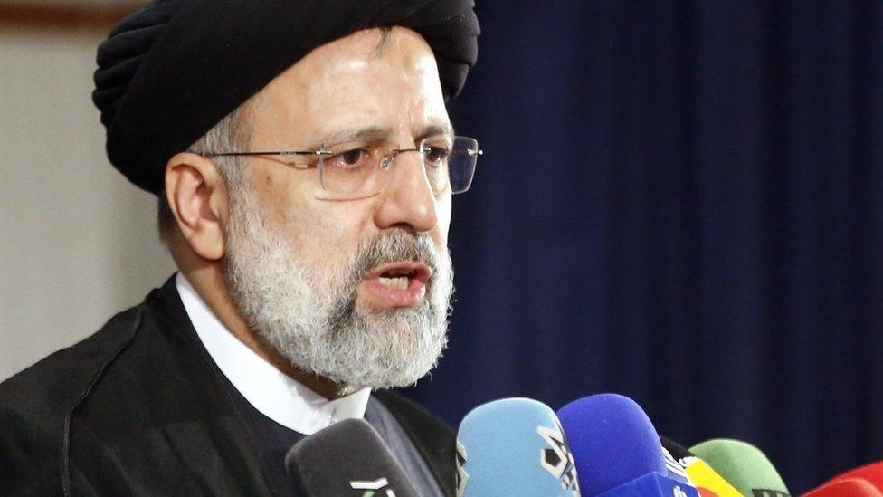 إبراهيم رئيسي هو رئيس القضاء منذ عام 2019
