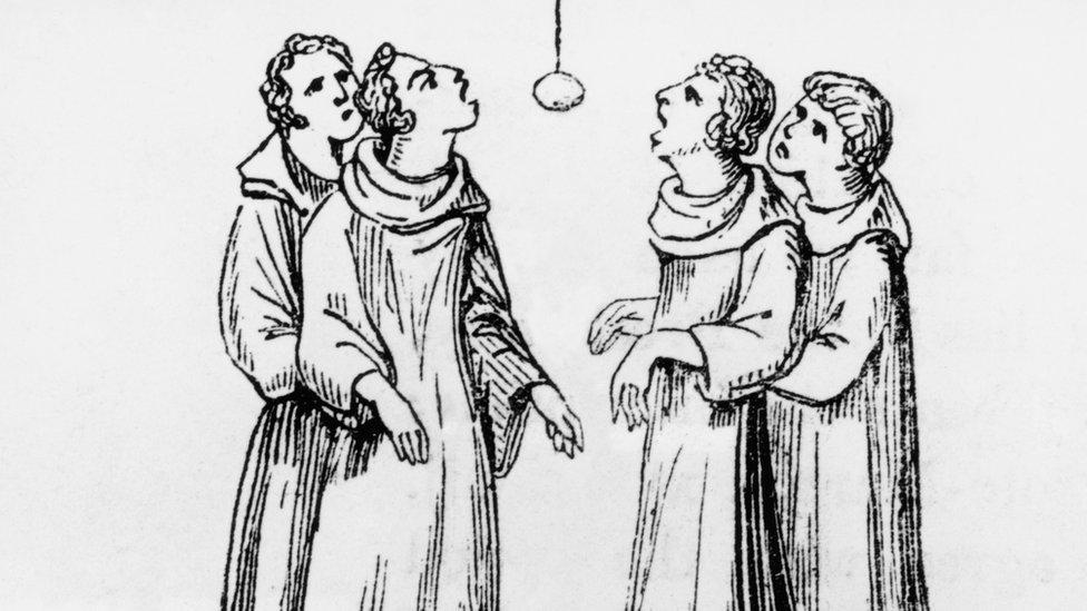 Apple bobbing in the 1500s