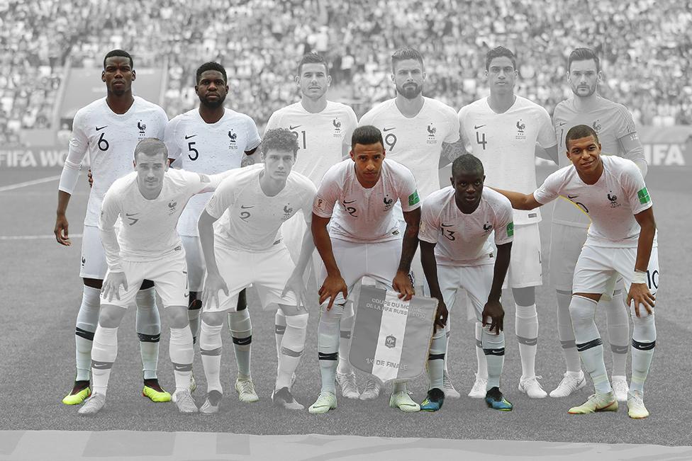 El equipo de Francia en Rusia 2018 antes de su encuentro contra Uruguay