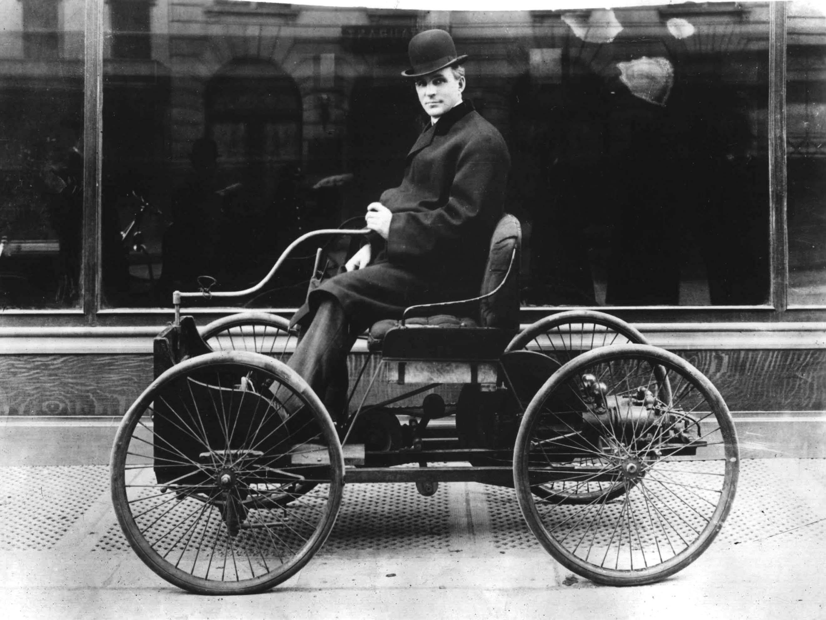 Генри Форд и его первый автомобиль