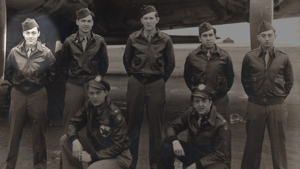 How one man survived a B17 Flying Fortress crash