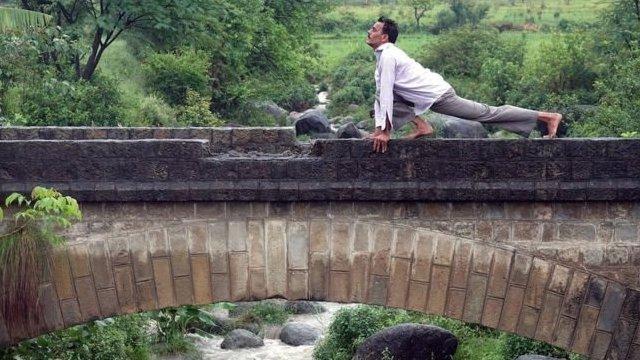 瑜伽從60年代起開始在西方流行