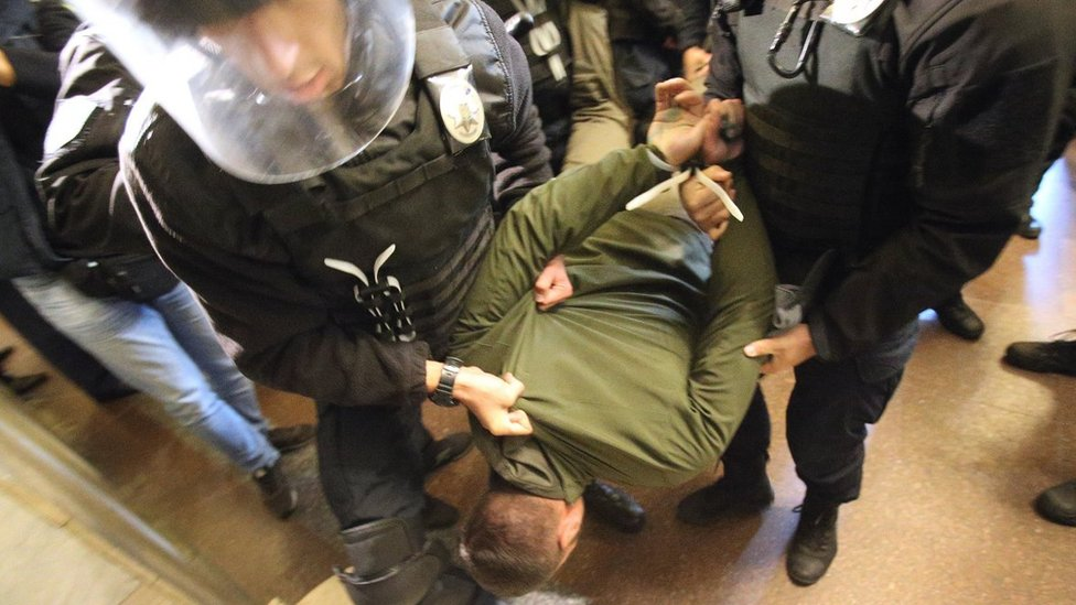 Депутата Київради Гусовського облили зеленкою у КМДА: чому?