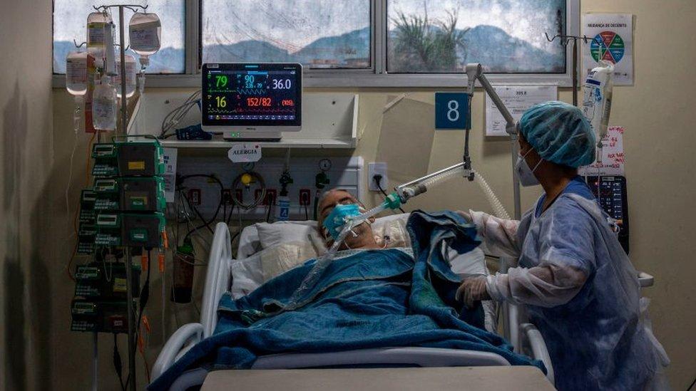 Paciente con covid-19 en Brasil.