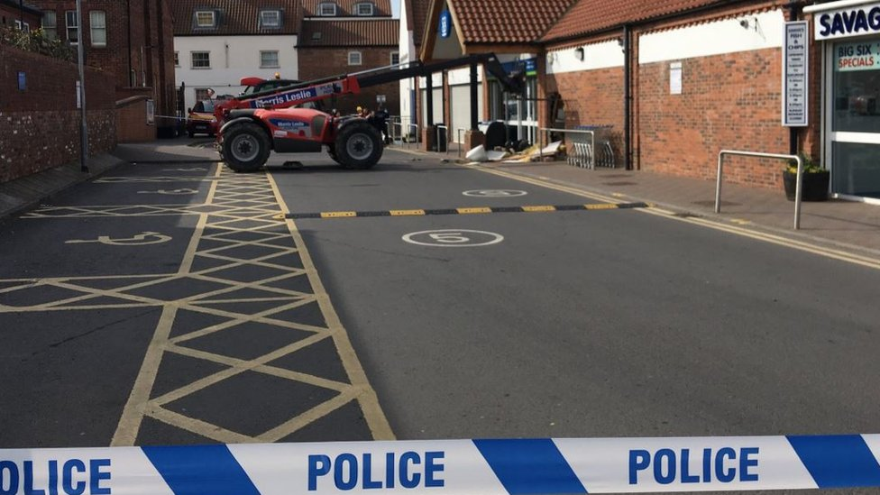 Digger used in Caistor Co-op cash machine raid