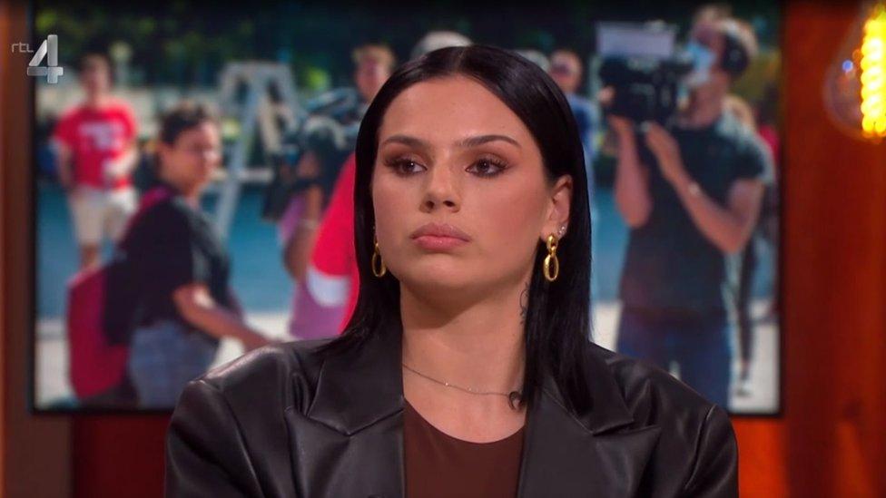 Famke Louise appears on RTL4's Jinek