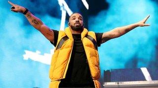 Drake shouts at a fan for groping girls
