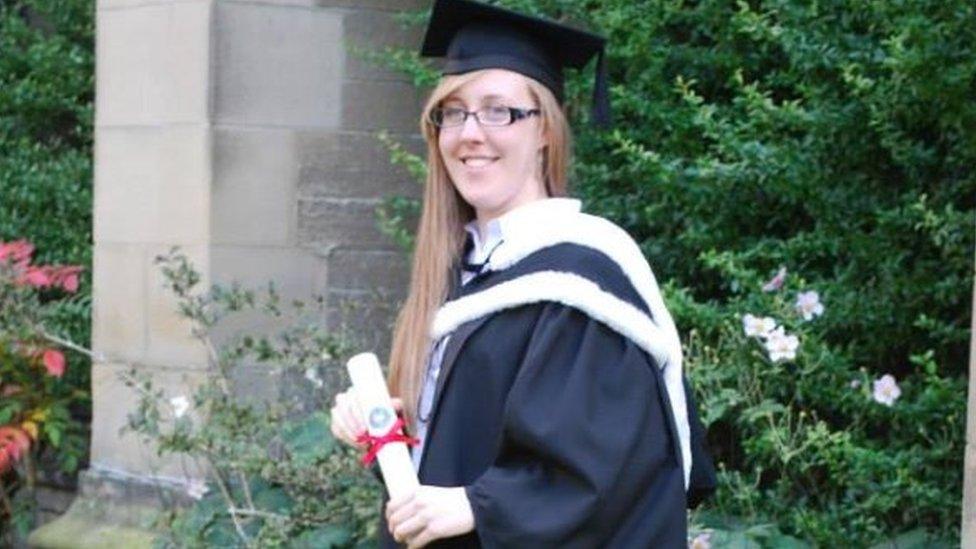 Eloise en su graduación