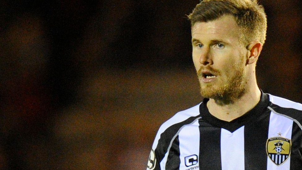 Michael O'Connor: Lincoln City sign Notts County midfielder