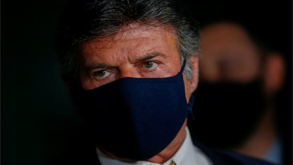 Luiz Fux usando máscara