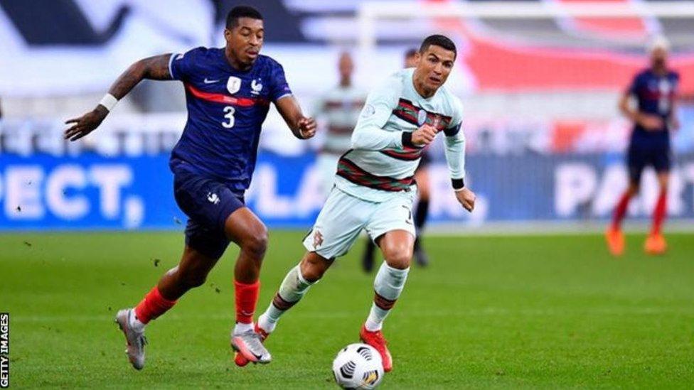 سيغيب رونالدو عن عدة مباريات هامة مع المنتخب البرتغالي ويوفنتوس