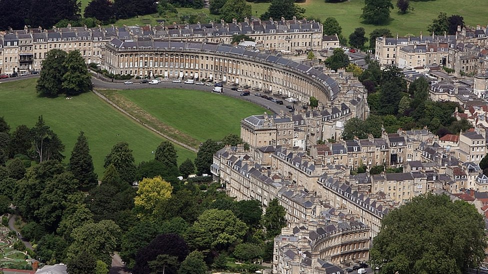 Bath proposes a £9 clean air charge in the city centre