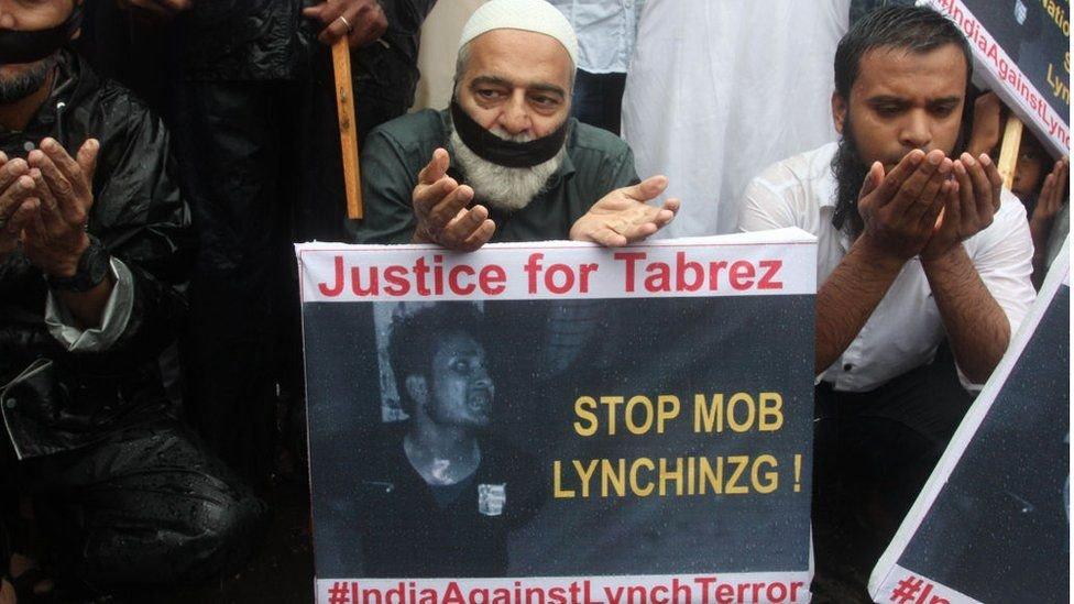 متظاهرون مسلمون في الهند ضد اعمال العنف الموجهة لهم