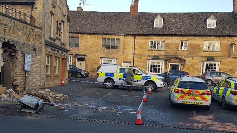 ATM ripped out of 500-year-old building in Chipping Campden