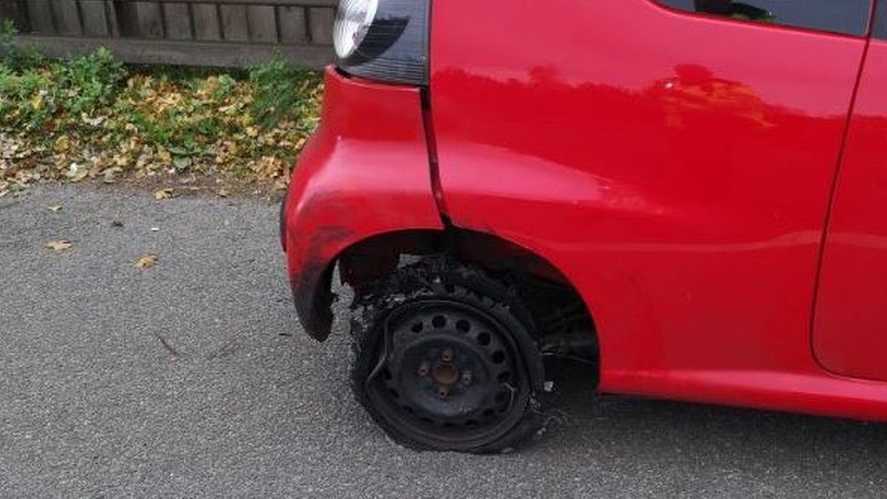 Driver stopped in car with three tyres on M60 near Bury