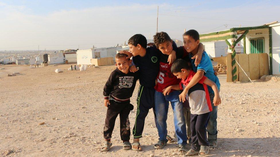 Niños en el campo de refugiados sirios Zaatari, Jordania.