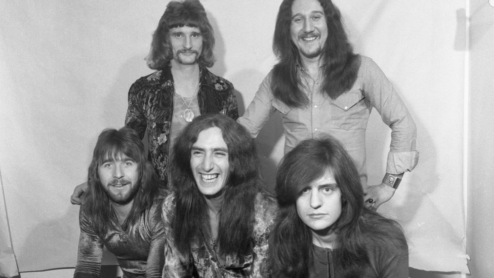 (Left to right) David Byron, Mick Box, Gary Thain, Ken Hensley and Lee Kerslake of Uriah Heep, backstage at Top of the Pop in 1972