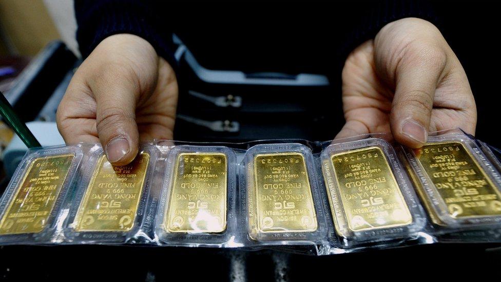 Altın fiyatları: Koronavirüs kaygısıyla son 7 yılın zirvesinde