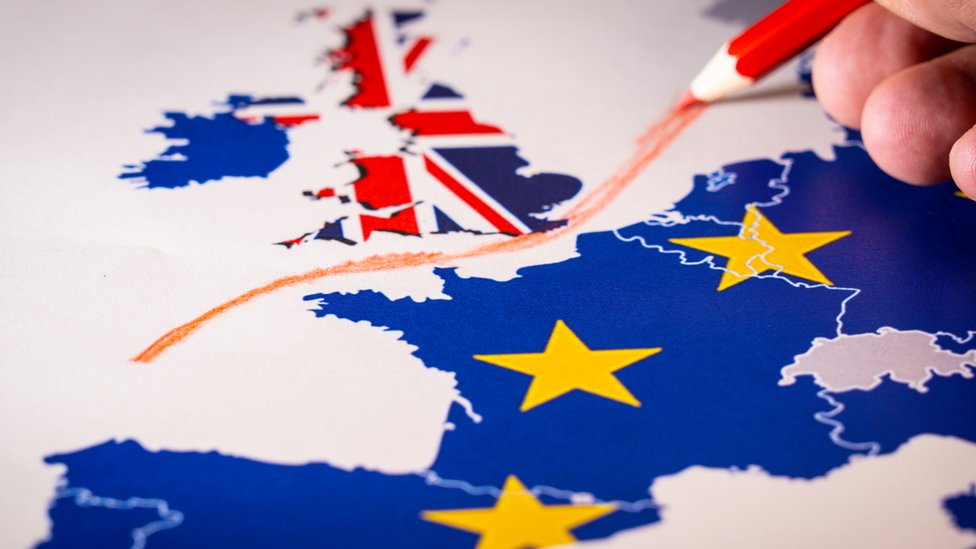 Mapa en el que se dibuja línea que separa a Reino Unido de Europa