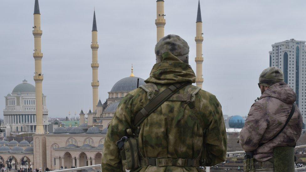 В Чечне отказались расследовать исчезновение юноши из видео с бутылкой