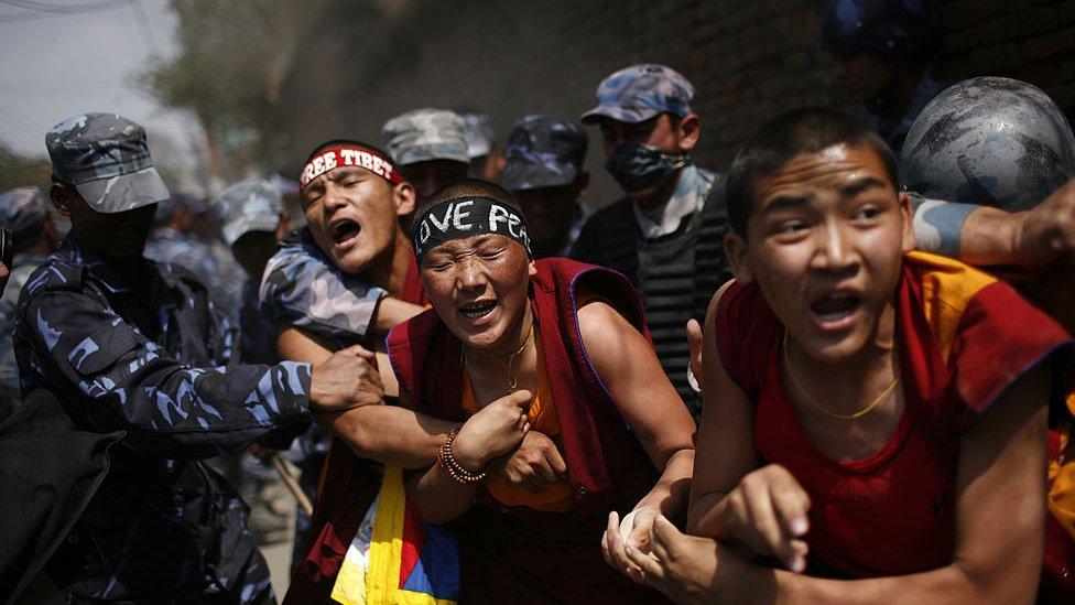 Mirni protesti monaha sa Tibeta