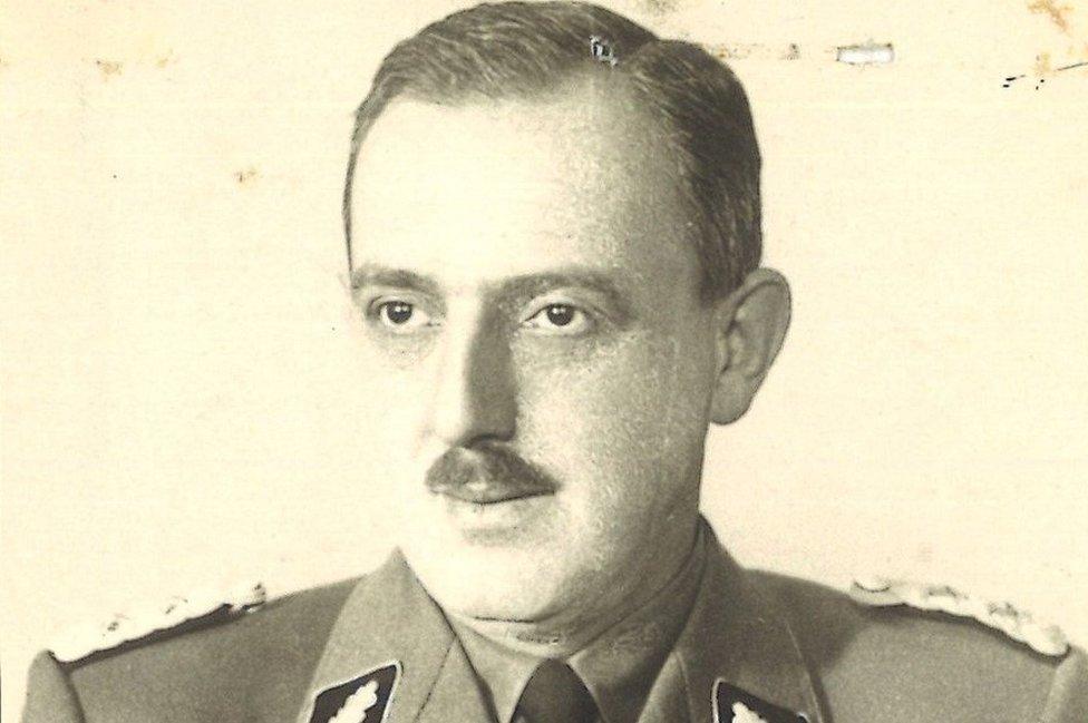 WW II German Photo  **  Elite Concentration Camp Guard Mugshot 1945 ** 6