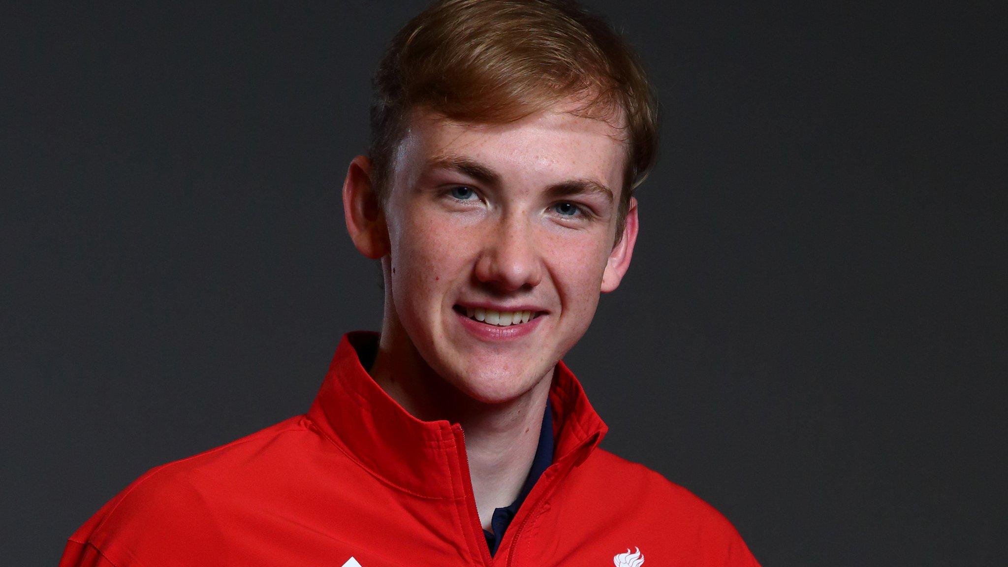 Piers Gilliver: British wheelchair fencer wins European silver